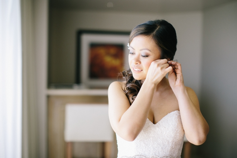 hyatt-waikiki-wedding-photographer-25