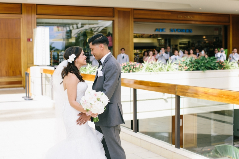 hyatt-waikiki-wedding-photographer-33