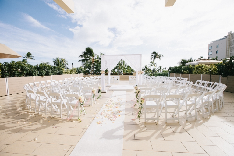hyatt-waikiki-wedding-photographer-41