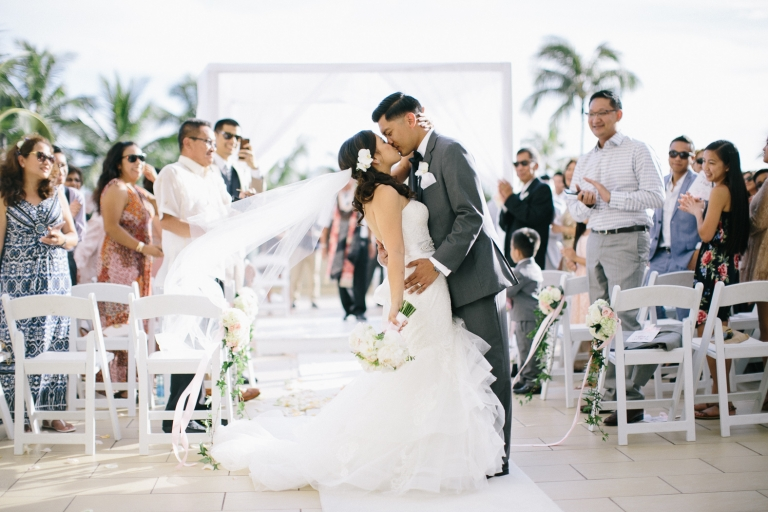 hyatt-waikiki-wedding-photographer-48