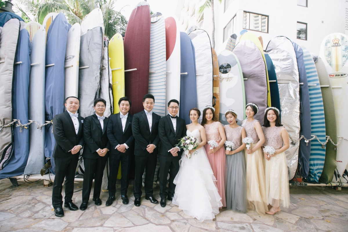 A Beautiful Wedding Day At The Sheraton Moana Surfrider For Tilda And Will Gorgeous Started Their Taking Some Photos Around Hotel